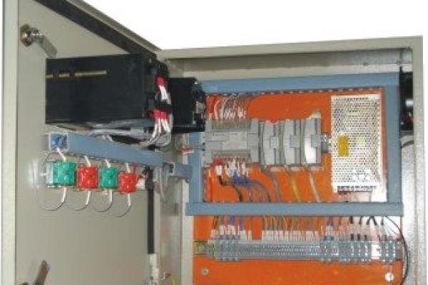 plc-panel-wall-mounting7733883F-A3E7-0758-128E-8481DD53C1E3.jpg