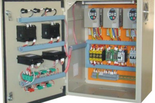 vfd-panel11CD440F-E2F8-F17D-7551-EB1E6328253C.jpg
